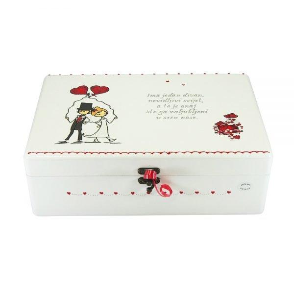 Personalizirana Kutija uspomena savršeni je poklon za vjenčanja i godišnjice