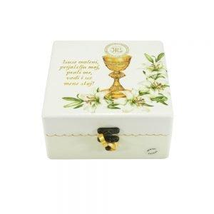 Personalizirana kutija uspomenasavršeni je poklon za pričest